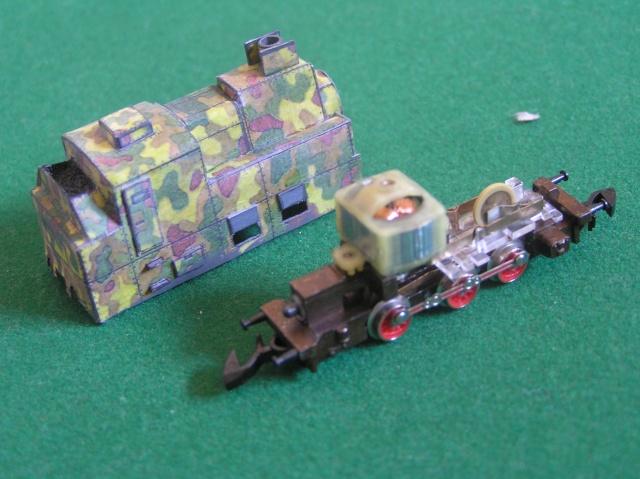 Montage d'un train blindé, base papier P1010018
