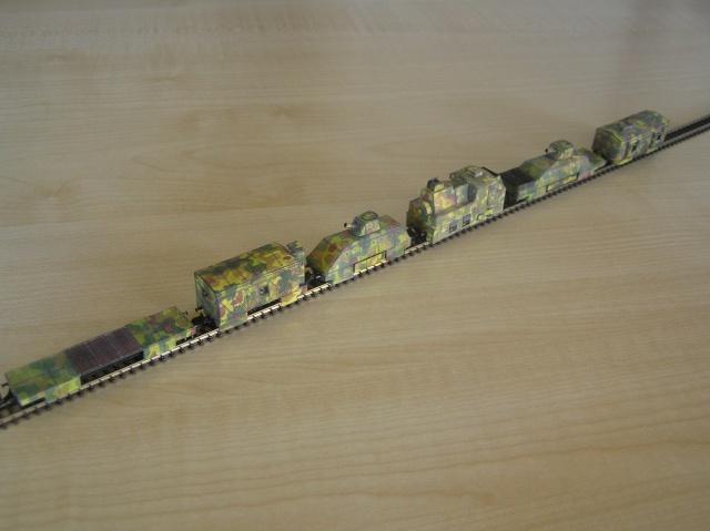 Montage d'un train blindé, base papier P1010019