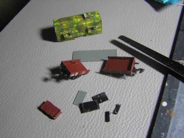Montage d'un train blindé, base papier P7300011