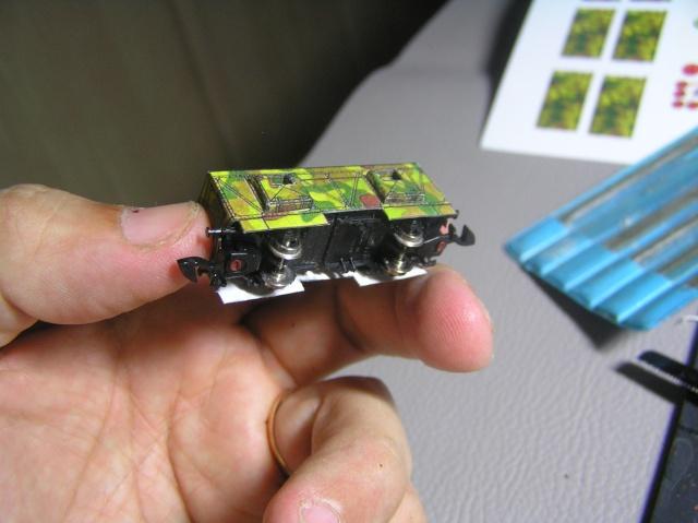 Montage d'un train blindé, base papier P7300012
