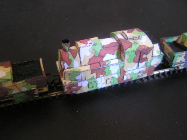 Nouveau train blindé, papier+Marklin. P8260014