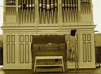 """Défi Holmes: """"Un organiste distrait"""" (trouvé) Org10"""