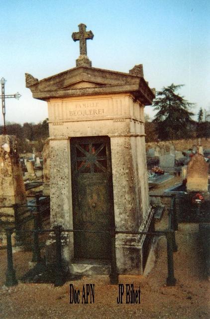 45-Loiret Tombe_10