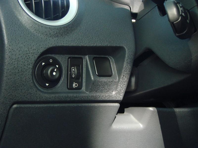 C3 X-TR. toutes options.... ( 2005 ) Dsc07843