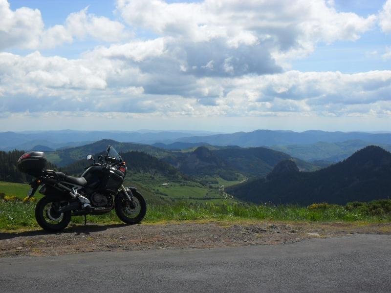 Vos plus belles photos de moto - Page 3 Sam_1511