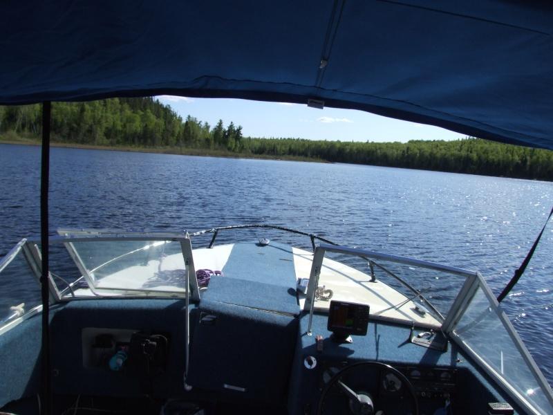 Je pourrai PEUT-ÊTRE mettre mon bateau à l'eau! - Page 5 Dscf2013