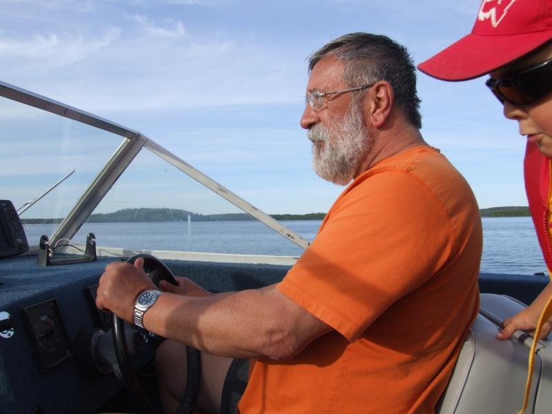 Je pourrai PEUT-ÊTRE mettre mon bateau à l'eau! - Page 5 Dscf2112