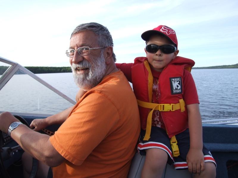 Je pourrai PEUT-ÊTRE mettre mon bateau à l'eau! - Page 5 Dscf2113
