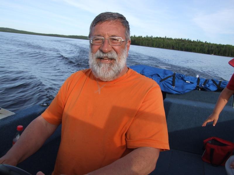 Je pourrai PEUT-ÊTRE mettre mon bateau à l'eau! - Page 5 Dscf2114