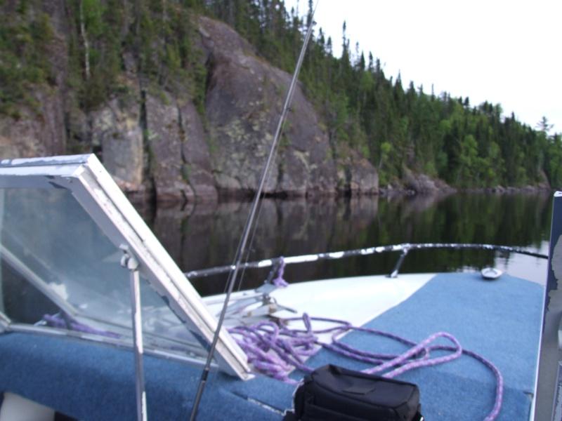 Je pourrai PEUT-ÊTRE mettre mon bateau à l'eau! - Page 5 Dscf2115