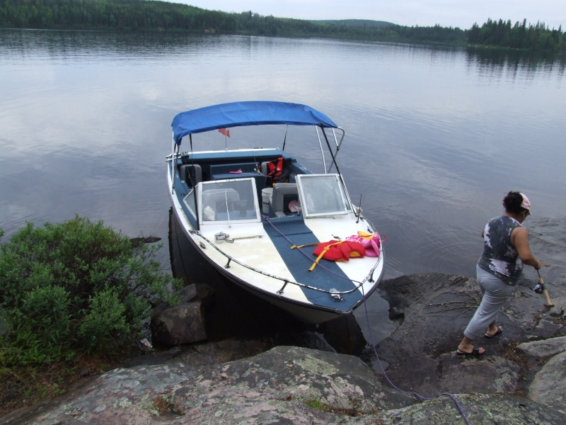 Je pourrai PEUT-ÊTRE mettre mon bateau à l'eau! - Page 5 Dscf2121