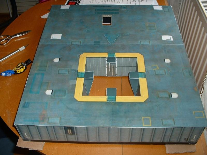 Maquette en papier : LUT & Saturn V Dscf0011