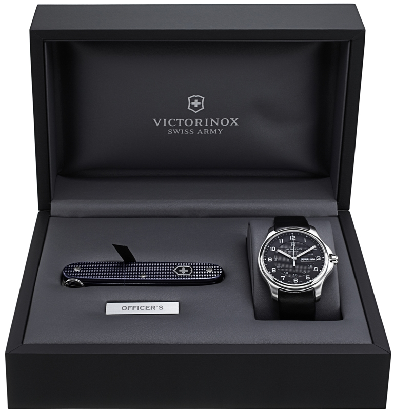 victorinox - Avis sur montre Victorinox Officer's - Page 2 81681810