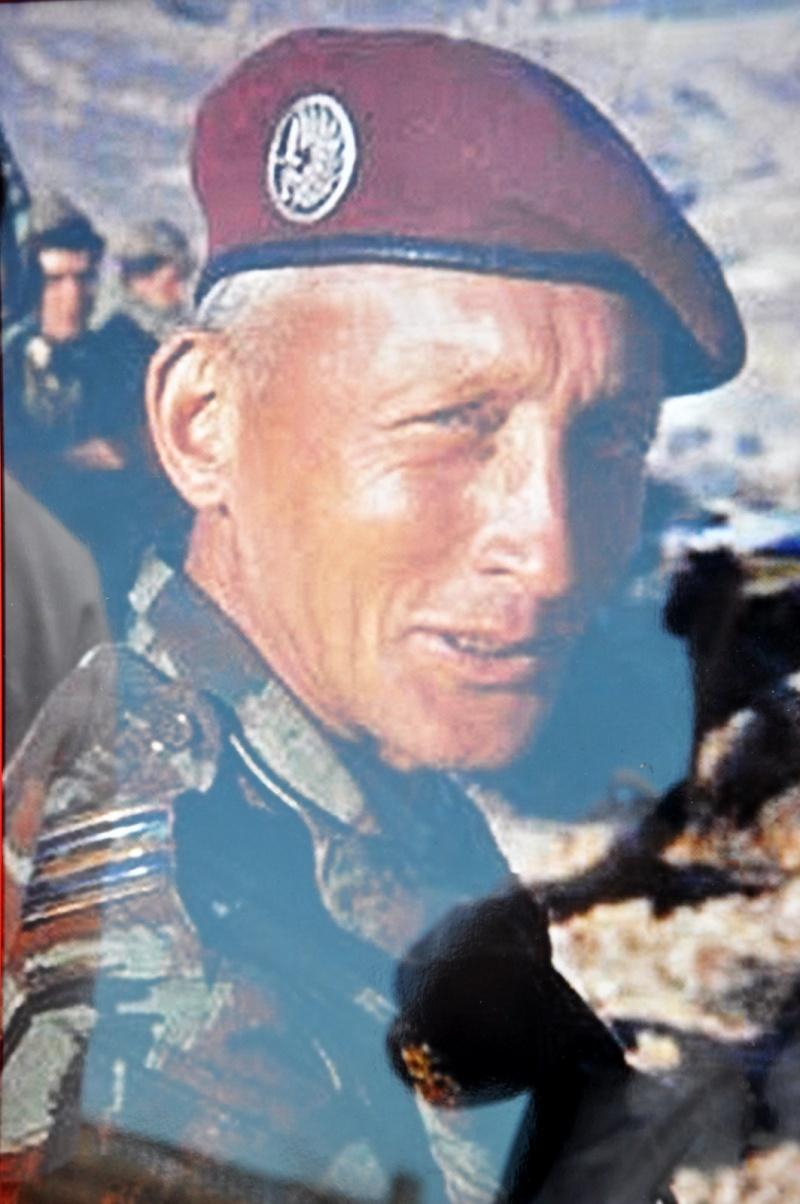 Hommage au Lnt-Col Pirre Lecomte: la section UNP de Toulouse pend le nom de :section Lnt-Col Pierre Lecomte Dsc_0016