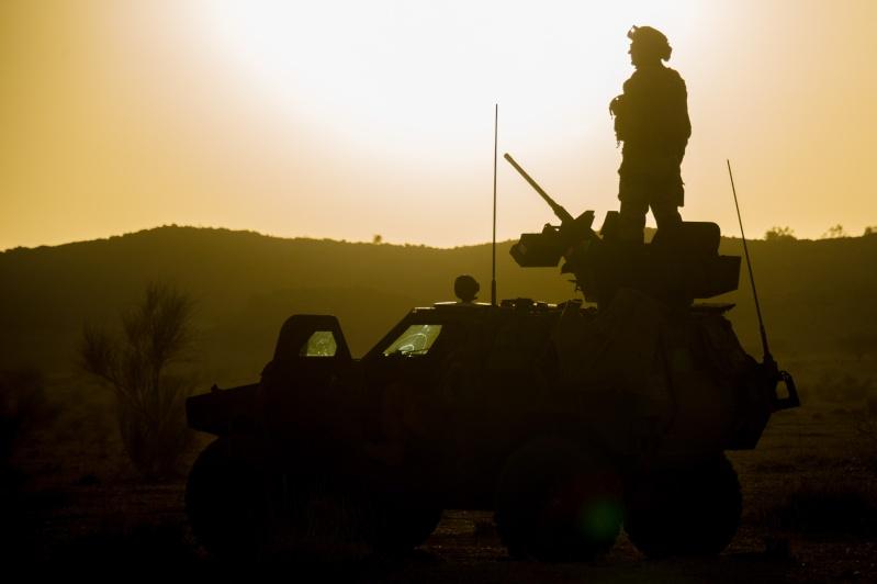 Belles photos de l'Opération BARKHANE - source: service communication 1er RCP Le_11_10