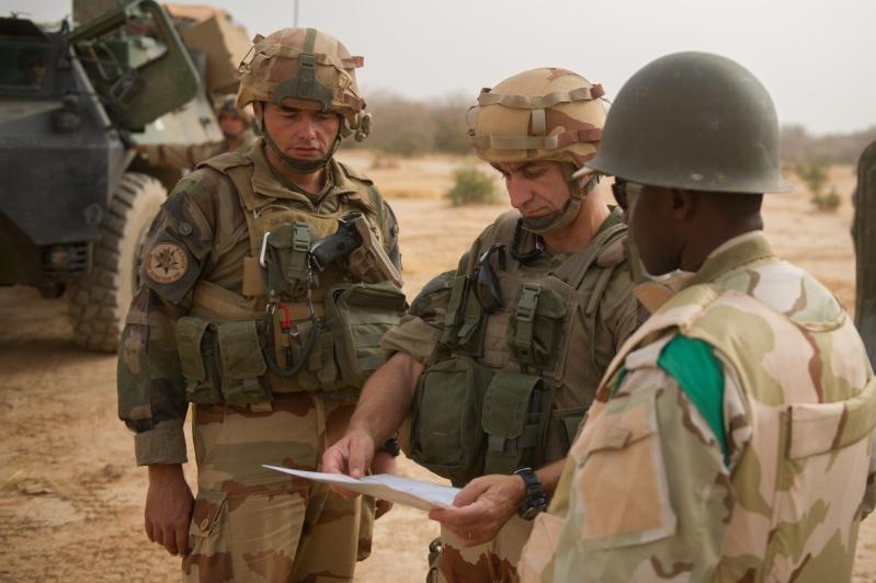 Belles photos de l'Opération BARKHANE - source: service communication 1er RCP Le_21_12