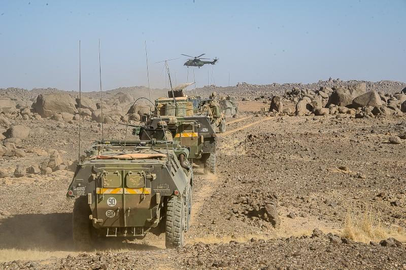 Belles photos de l'Opération BARKHANE - source: service communication 1er RCP Le_5_m11