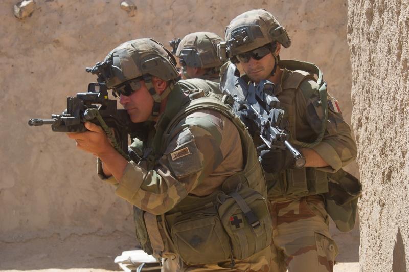 Belles photos de l'Opération BARKHANE - source: service communication 1er RCP Le_6_m12
