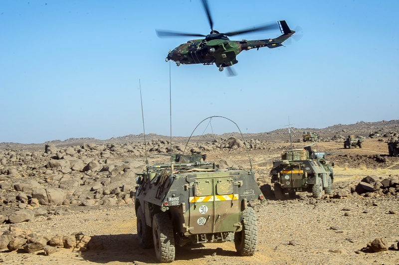 Belles photos de l'Opération BARKHANE - source: service communication 1er RCP Opcrat10