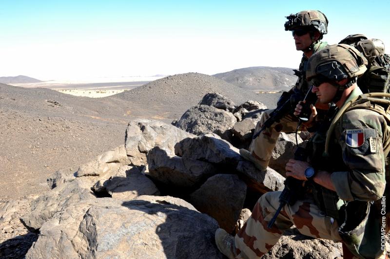 Belles photos de l'Opération BARKHANE - source: service communication 1er RCP Sans_l10