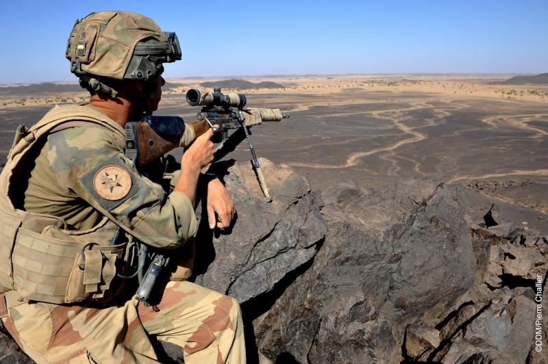 Belles photos de l'Opération BARKHANE - source: service communication 1er RCP Sans_l14