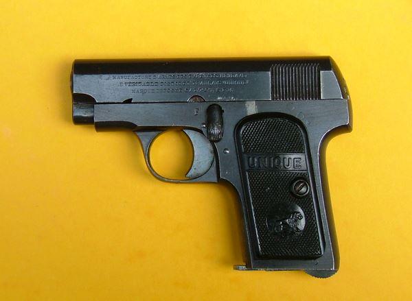 pistolet Unique modèle inconnu Mle1611