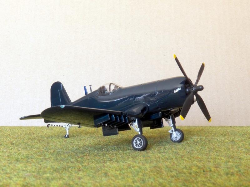 Vought F4U-7 Corsair, 1/72, HPM F4u-7_28