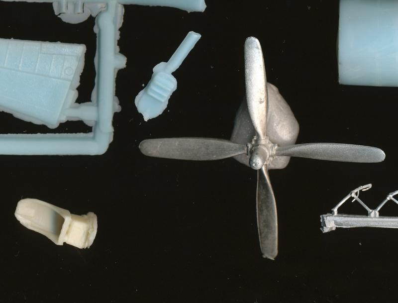 Vought F4U-7 Corsair, 1/72, HPM Vought16