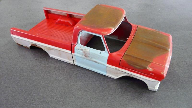 Ford Ranger XLT 1971 1/25 - Rusty farm truck. P1230812