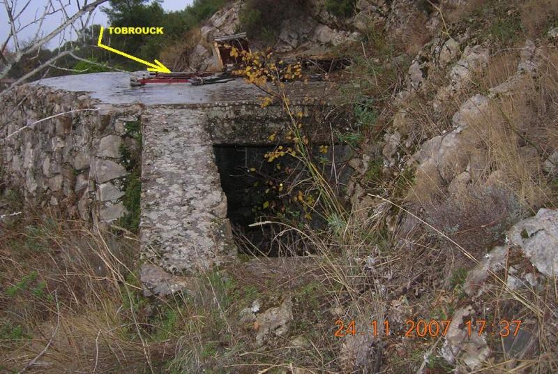 Bunkers sur Septèmes les vallons (13) Dscn4618