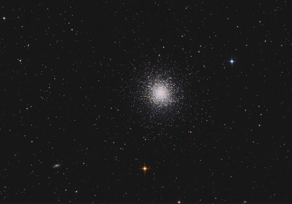 Amas globulaire Messier 13 (ou Grand Amas d'Hercule) Toto10
