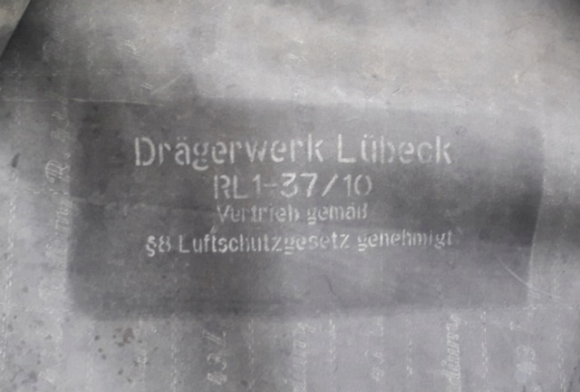 tenue de protection 38 / gasschutzanzug 38 20200439
