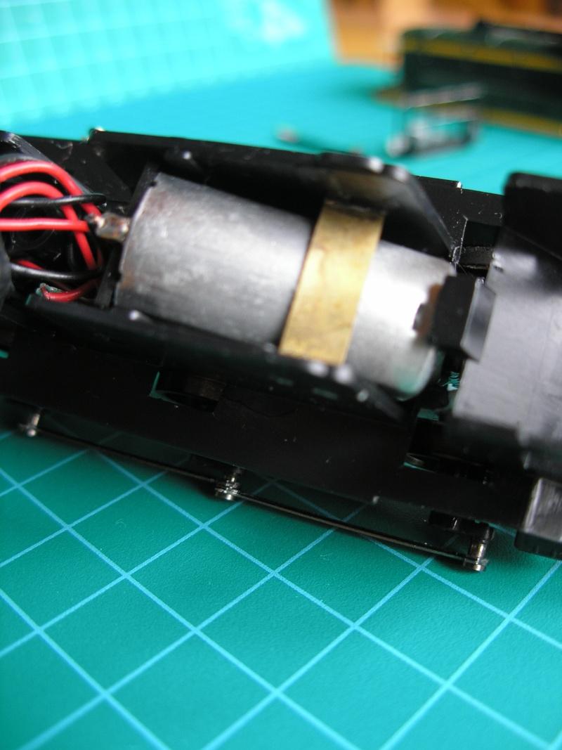 C 61000 HJ Pb050015