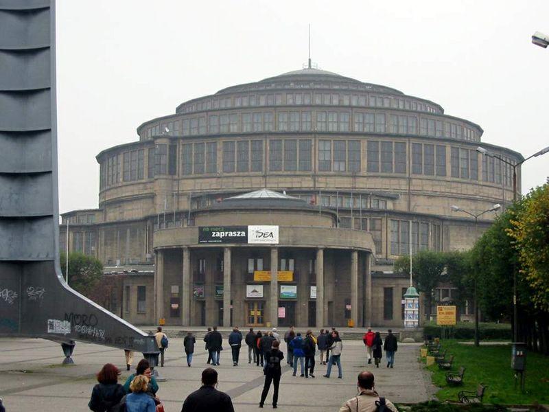 Hall du Centenaire à Wroclaw - Pologne 800px-12