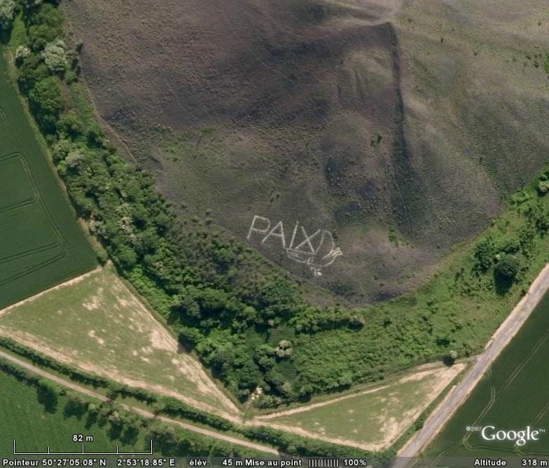 """""""Paix"""" sur un terril de Harnes, Pas-de-Calais  Joli_m10"""
