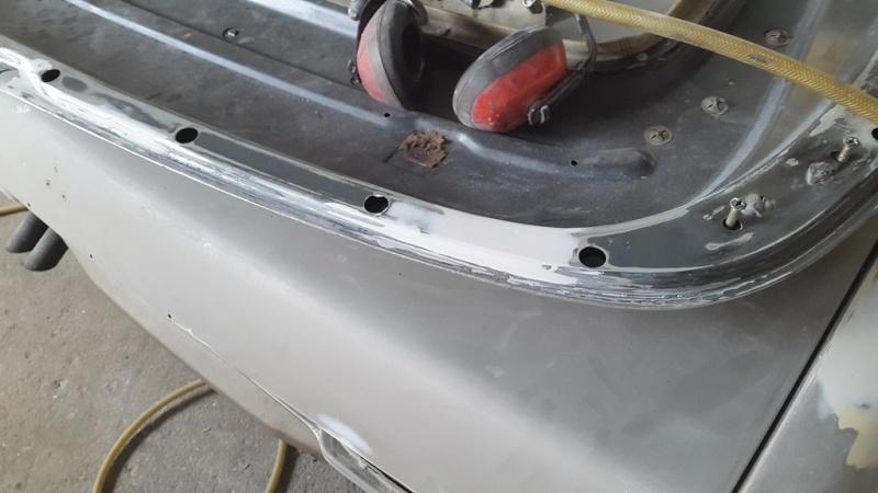 Carrosserie peinture voiture 20150712