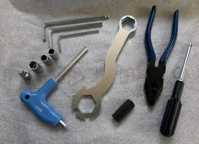 BETA 300 Xtrainer 2 temps à Graissage séparé - Page 5 Outil10