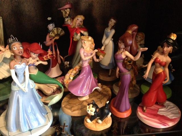 Walt Disney Classics Collection - Enesco (depuis 1992) - Page 38 Group_10