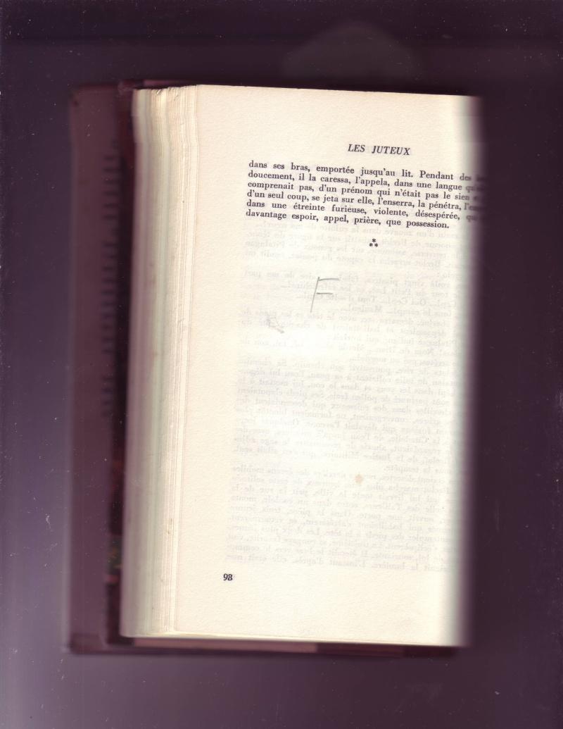LES JUTEUX -, lvre qui avait été inerdit à la vete... lire suit ci-après - Page 2 Mes_im87