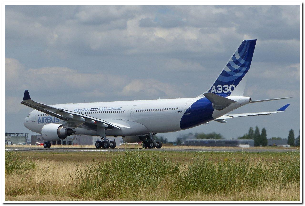 [22/07/2015] Airbus A330-200 (F-WWCB) Airbus Industries P1030713