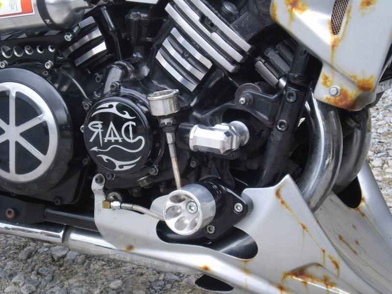 Mano de pression d'huile P1010010
