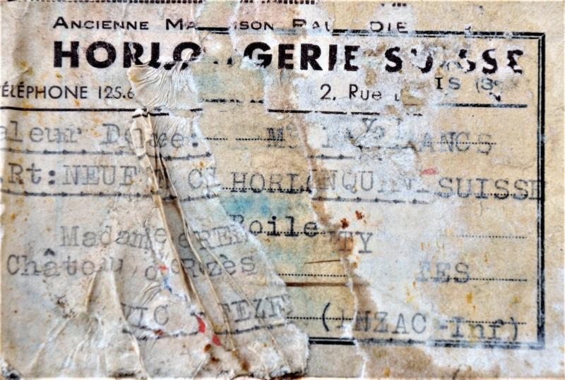 """Un boite  """"horlogerie Suisse"""" Dsc_0211"""