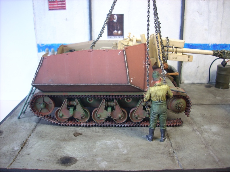German 39H 10.5 cm LeFH 18 Sf auf Geschutzwagen 1/35eme 39h-2010
