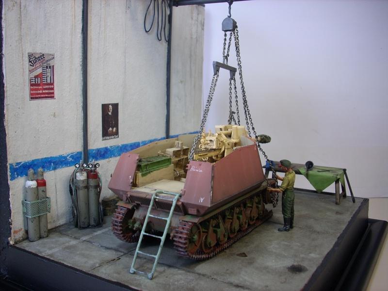 German 39H 10.5 cm LeFH 18 Sf auf Geschutzwagen 1/35eme 39h-2210