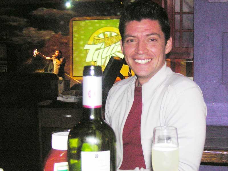 Sundance,Happy Hour, Pza Vespucio! - 030807 00510