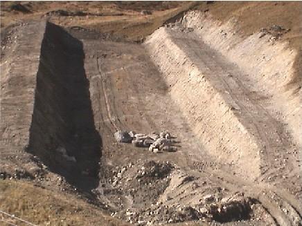 [EK]Réaménagement des pistes de l'Espace Killy - Eté 2007 Snowpa10