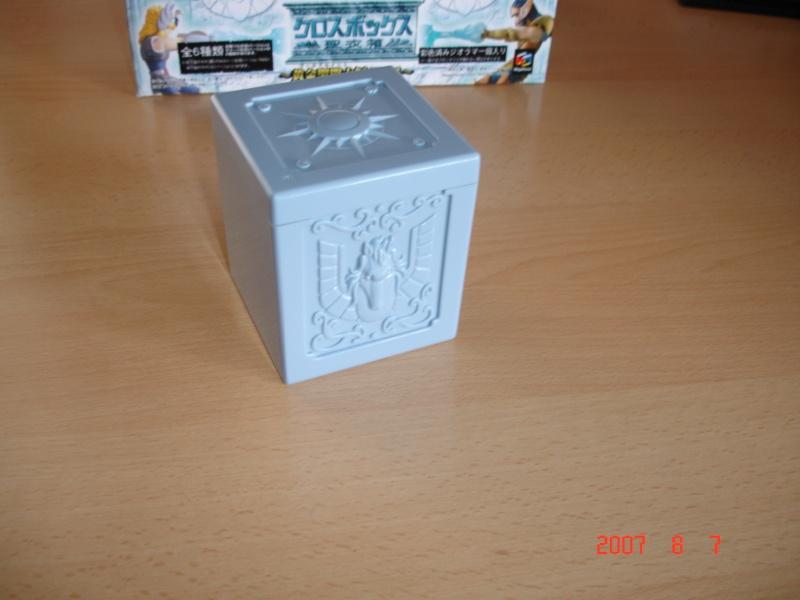 "Figurine ""Cloth Box"" Dsc00623"