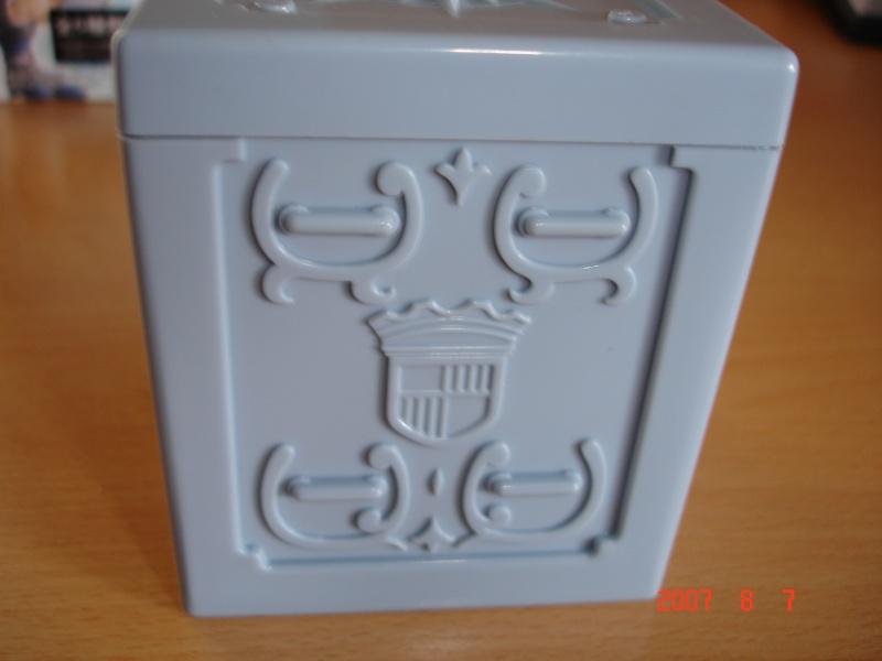 "Figurine ""Cloth Box"" Dsc00625"
