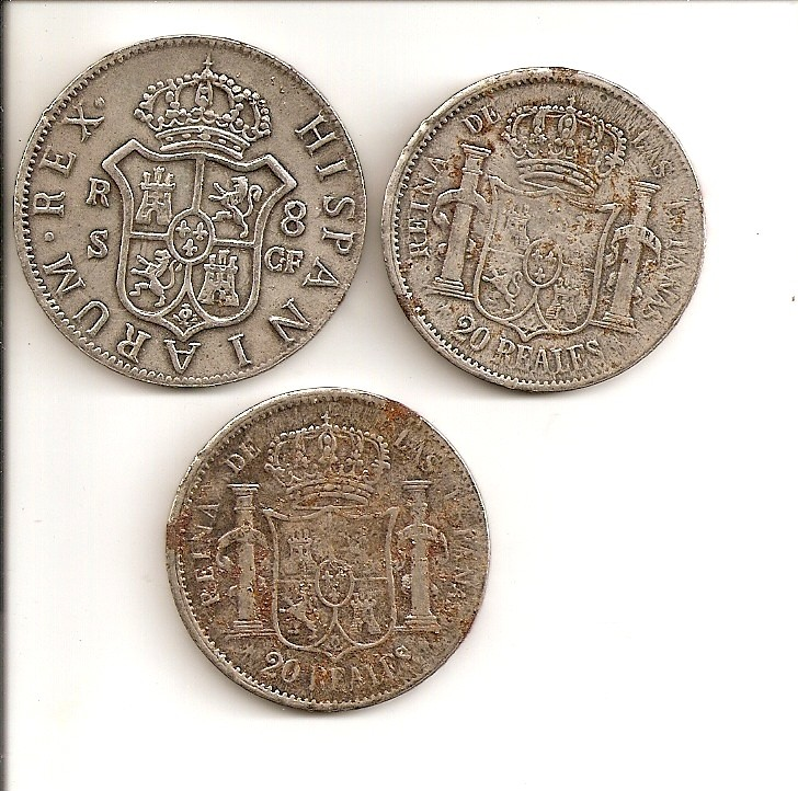 3 monedas falsas de Carlos III e Isabel II Escane48