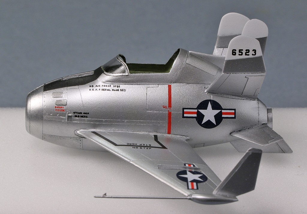 "McDonnell XF-85 ""Goblin"" [1:72-MPM] - Page 2 Img_4320"